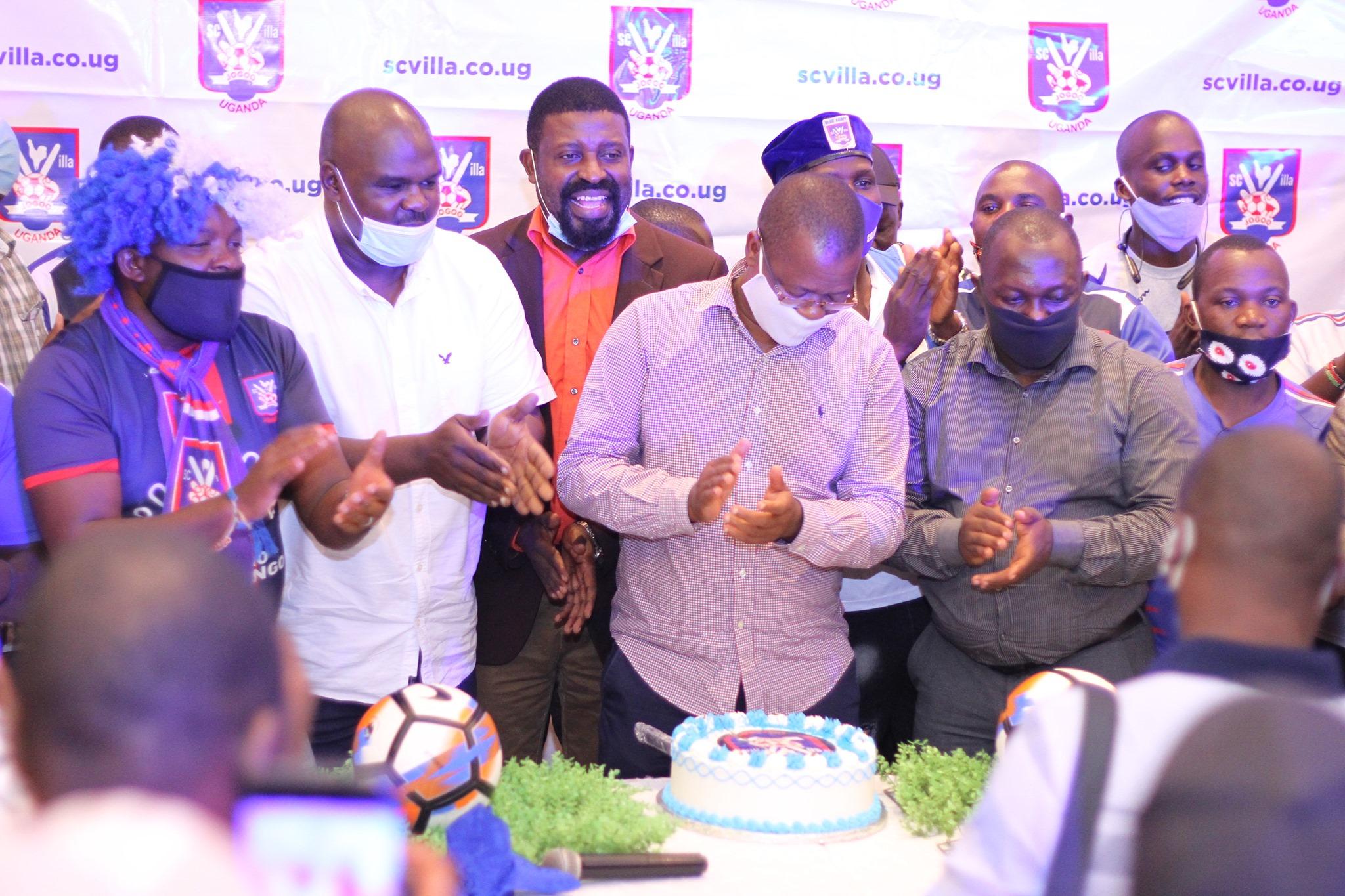 Hundreds, including FUFA boss Magogo join SC Villa's Members' Trust on day one of registration